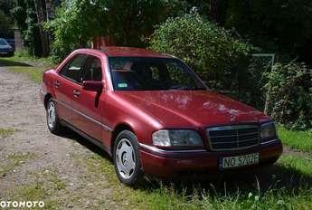 Olsztyn: Mercedes Klasa C W 202